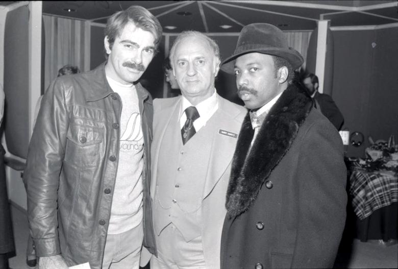 Moulton, Harry Chipetz von den Sigma Sound Studios und Leon A. Huff von Gamble & Huff
