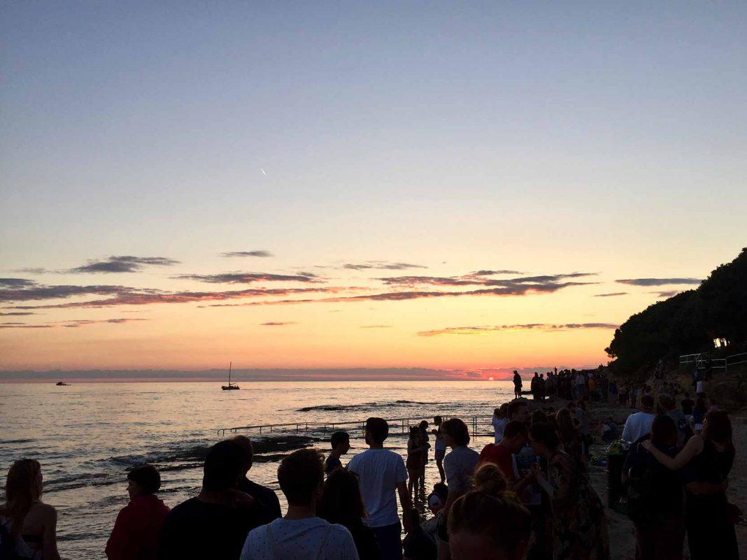 Der Sonnenuntergang vom Beachfloor aus. Foto: Cristina Plett