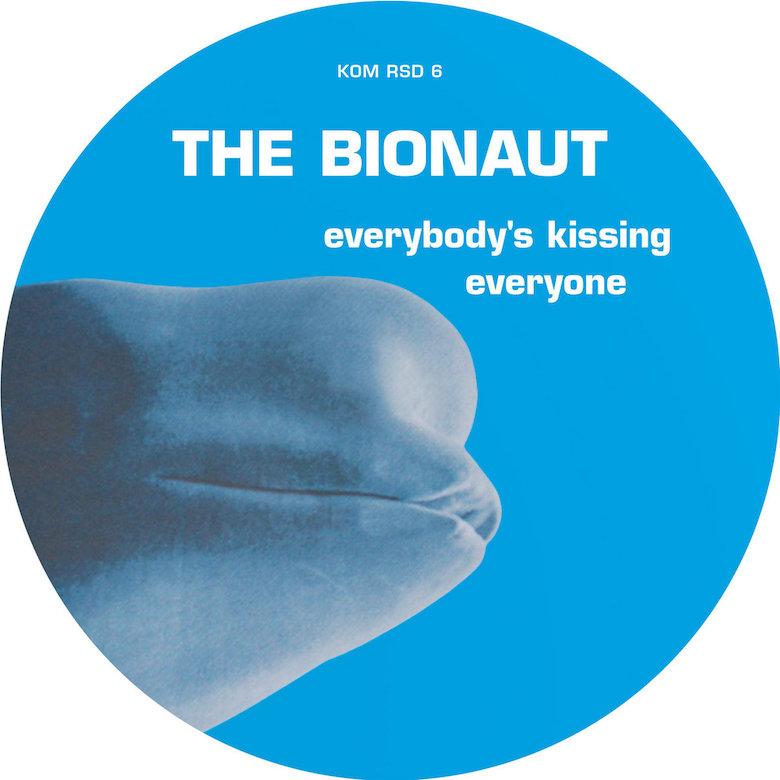 The Bionaut – Everybody's Kissing Everyone (Kompakt)