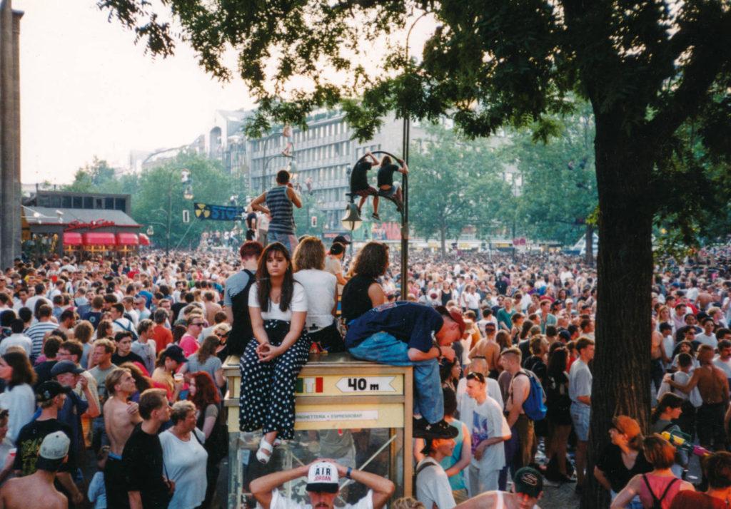 Loveparade Berlin 1994 by Tilman Prembs